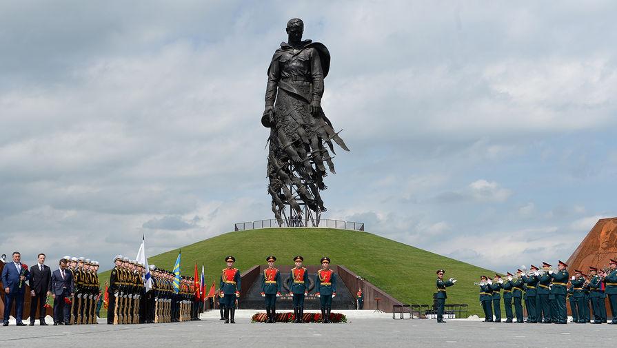 Скульптор Андрей Коробцов рассказал о создании Ржевского мемориала
