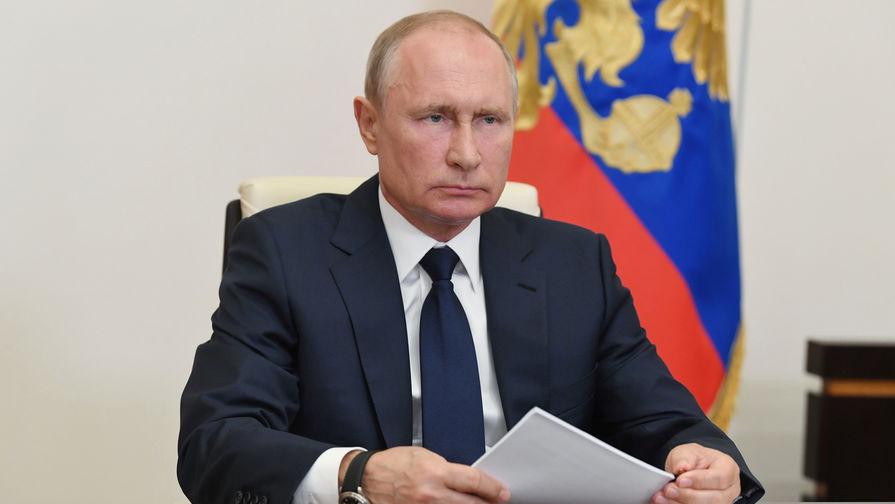 Путин запретил избираться депутатам с судимостью за преступления средней тяжести