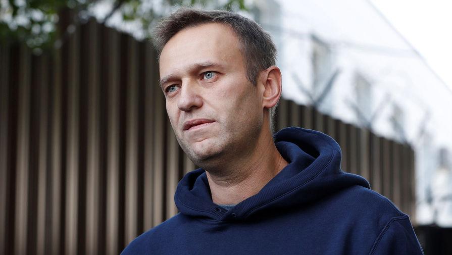 Создатель 'Новичка' оценил заявление о яде на бутылке, из которой пил Навальный