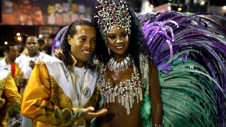 В Рио-де-Жанейро отменили карнавал в этом году