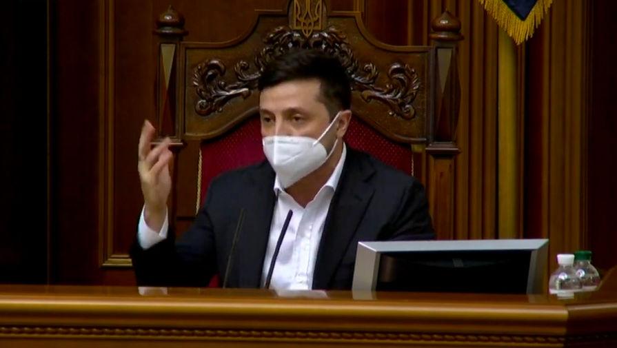 Зеленский призвал украинцев соблюдать ограничения на майские праздники