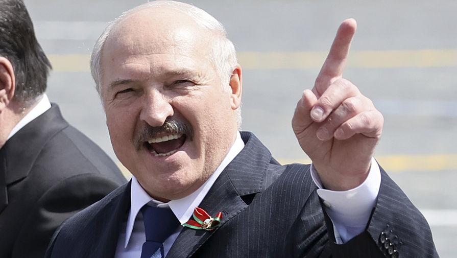Жириновский призвал Лукашенко покинуть президентский пост