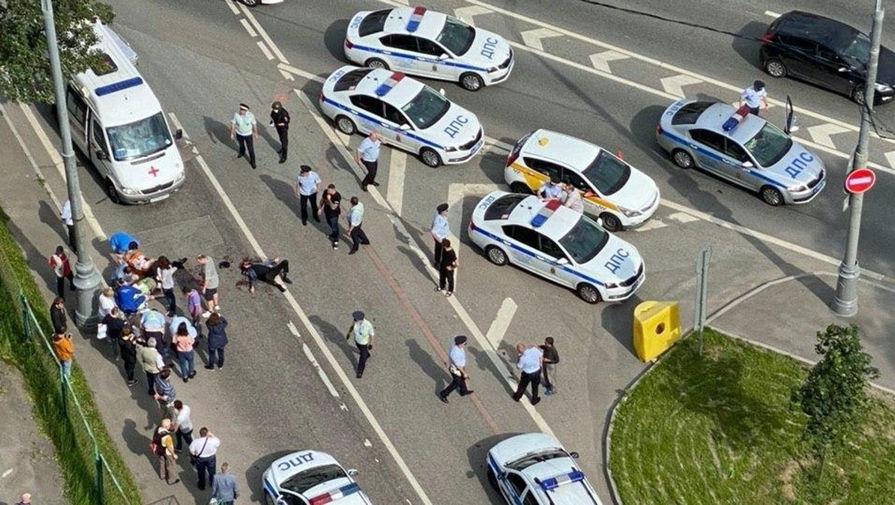 СК завел уголовное дело по факту нападения на полицейских в Москве