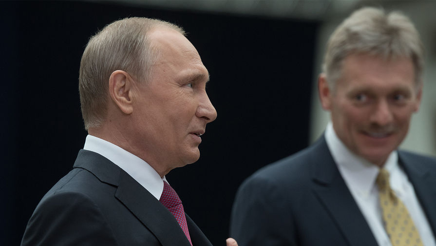 Песков: Путин сам сообщит о решении по вакцинации от COVID-19