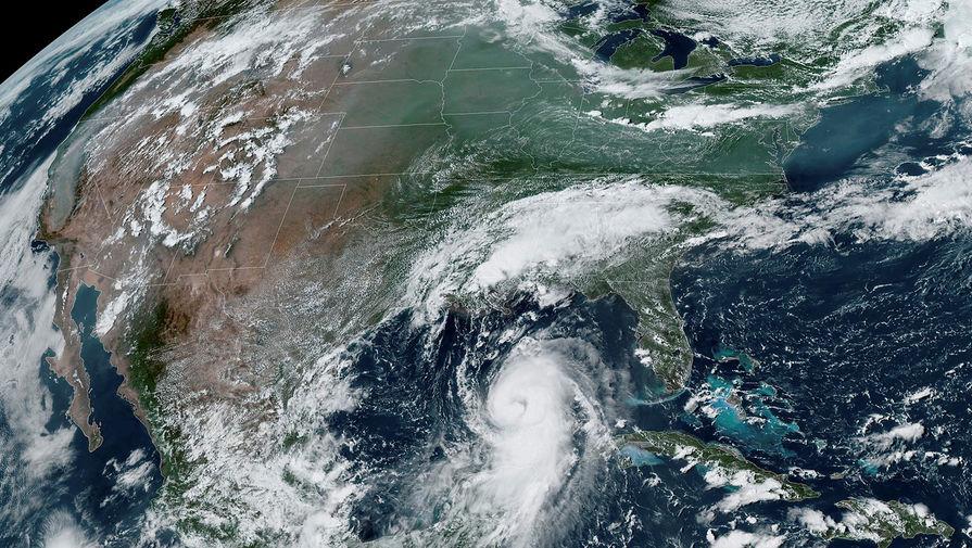 Ураган 'Салли', который обрушился на США, усилился до второй категории