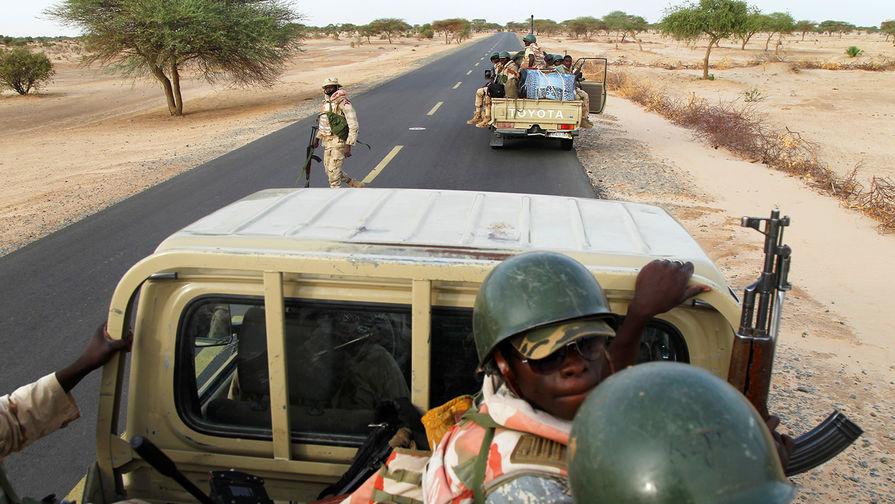 СМИ: в Нигерии упал военный самолет