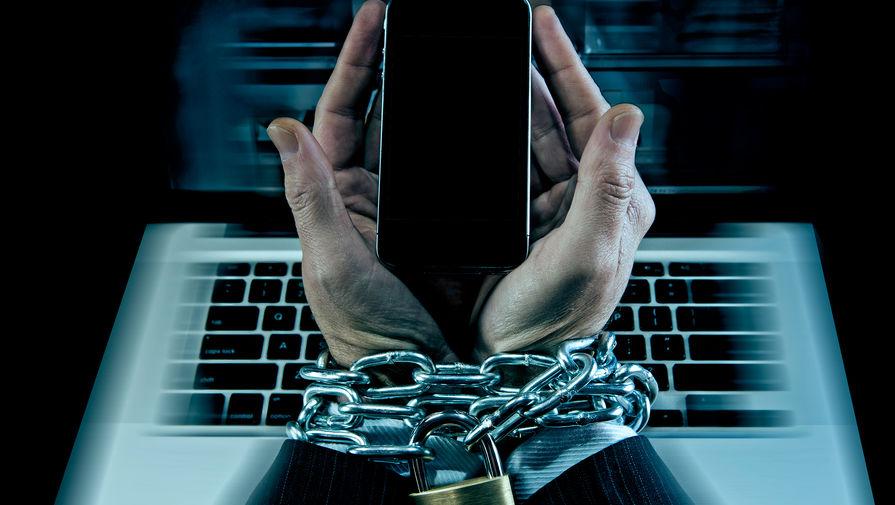 Психотерапевт назвал незаметные признаки зависимости от смартфона