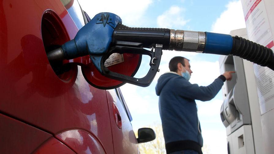'Ъ': кабмин намерен ограничить экспорт бензина в России