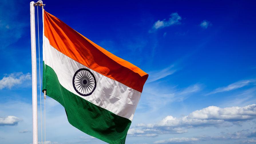 Причиной возвращения в Россию из Индии подлодки 'Чакра' стал взрыв на борту