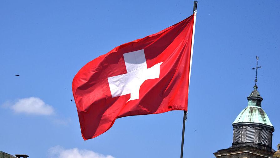 Рекрутам-женщинам армии Швейцарии разрешат носить женское белье