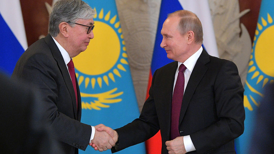 Путин поздравил с днем рождения президента Казахстана
