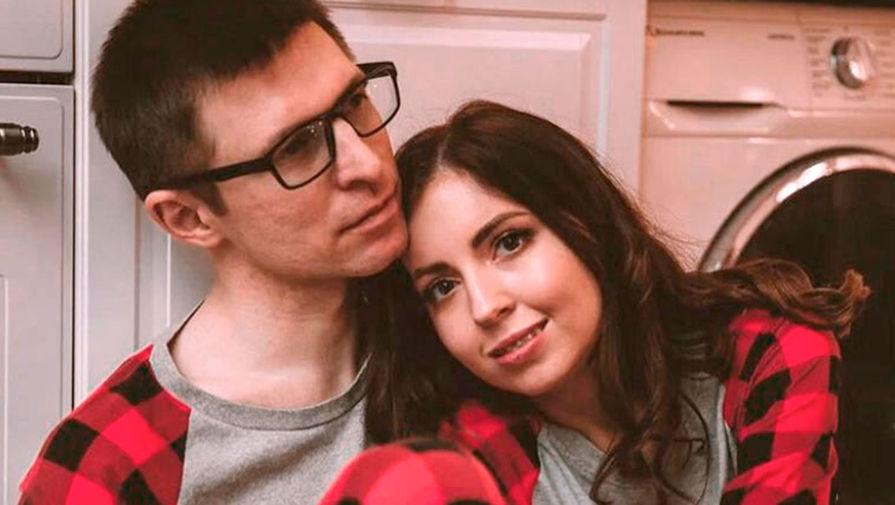Блогер Диденко решила найти утешение в пластике груди после смерти мужа