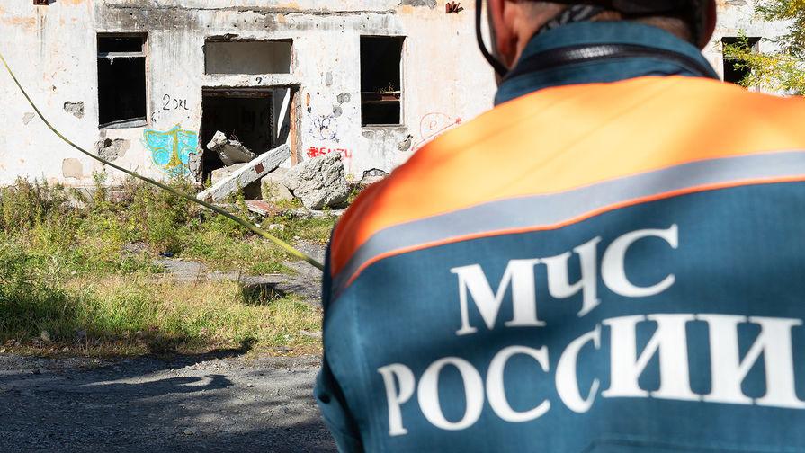 Путин поздравил сотрудников МЧС с Днем спасателя