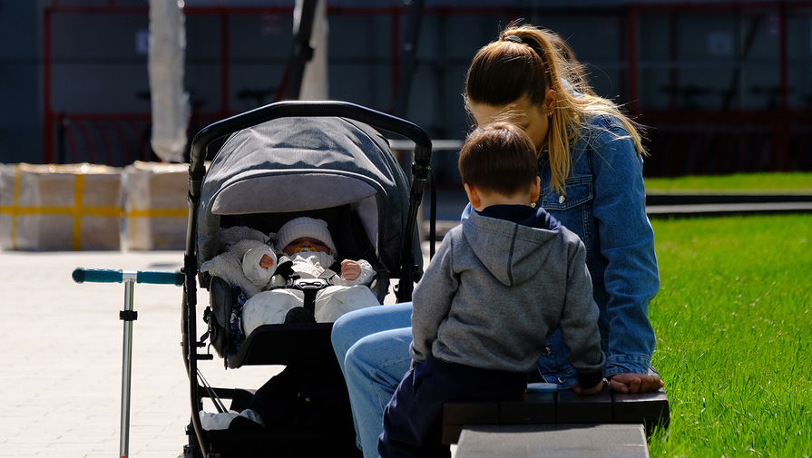 Минтруд планирует изменить правила начисления детских пособий