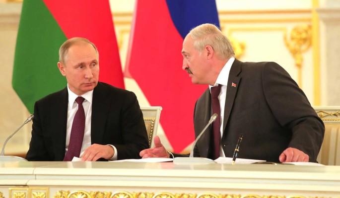Лукашенко: Мы с Путиным можем собачиться по любым вопросам, кроме обороны