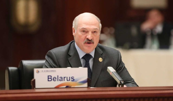 Политолог объяснил грубое поведение Лукашенко: Обезумел от страха