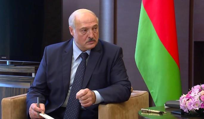 'Терпения вам': Лукашенко запугивает Путина