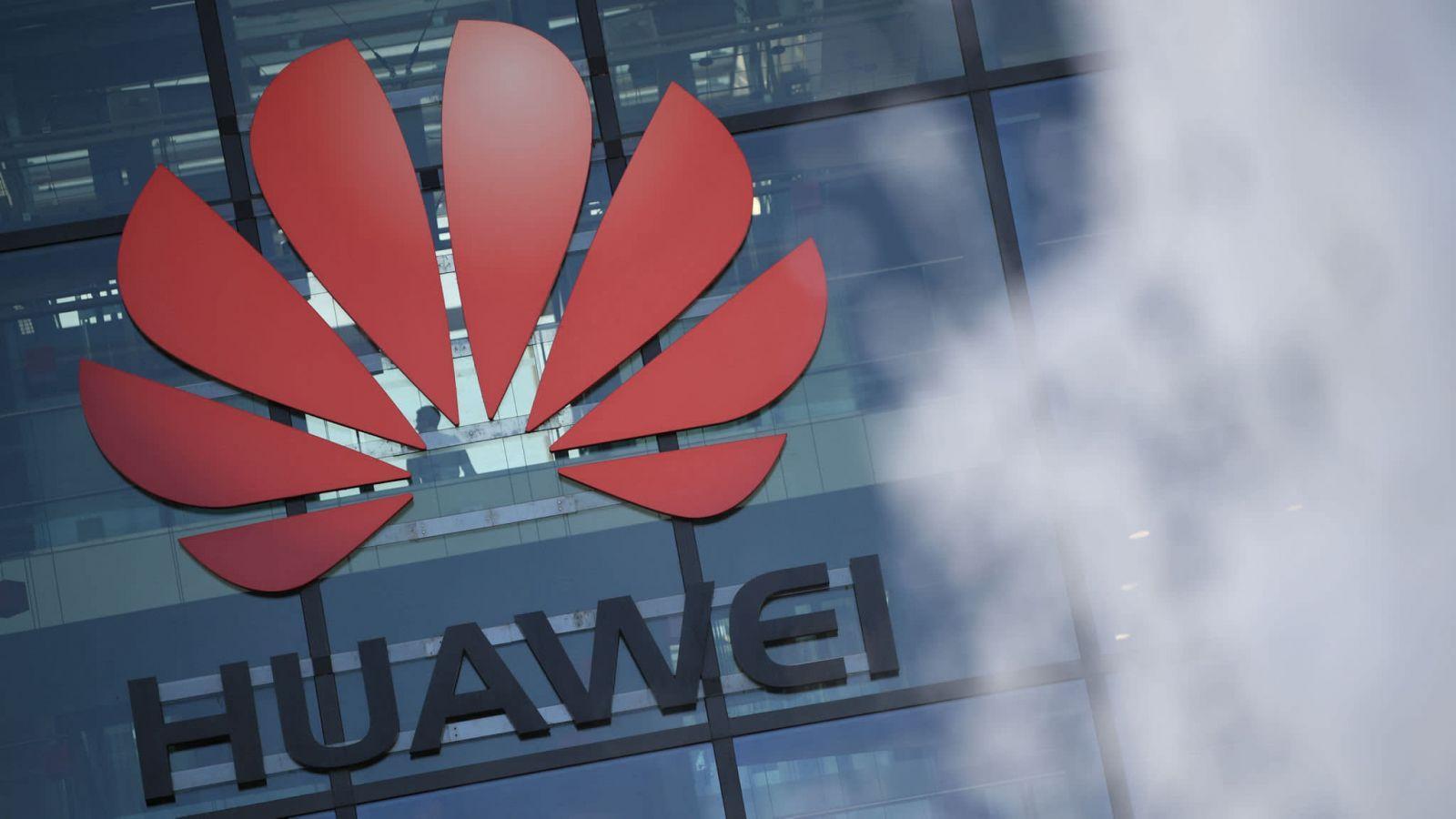 Huawei готовит новые смарт-часы Mate Watch