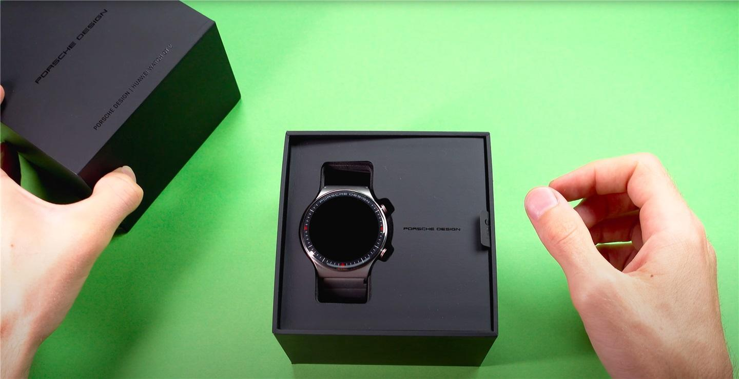 Huawei выпустила часы Watch GT2 Porsche Design