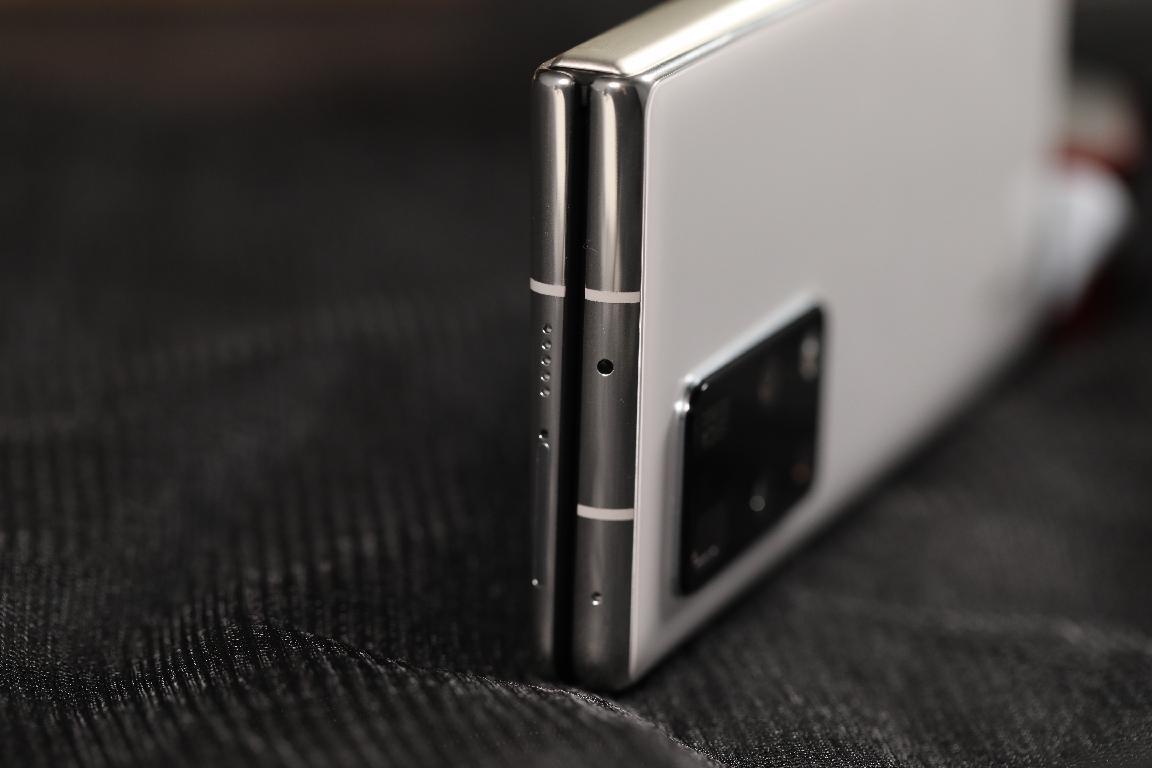 Подборка живых фотографий Huawei Mate X2
