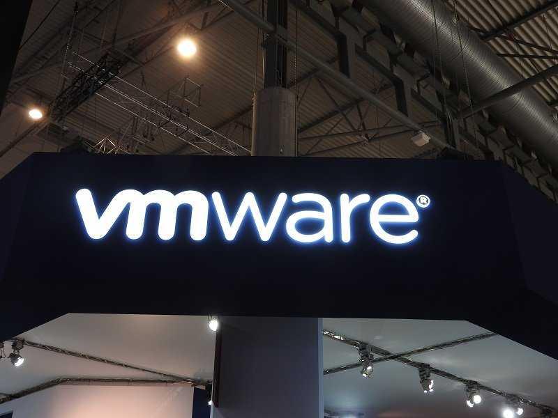 Пэт Гелсингер, глава Intel, покинул совет директоров VMware