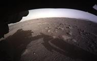 NASA показало посадку марсохода Perseverance