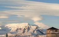 Украинские полярники запечатлели необычные облака