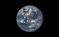 Ученые заявили, что Земля потускнела