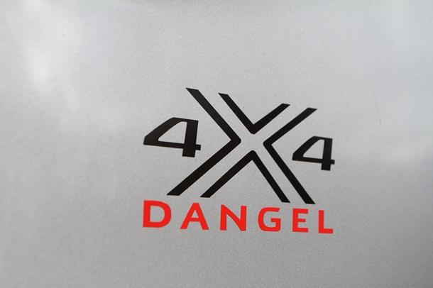 К приключениям – готов: новые возможности Peugeot Traveller Dangel 4x4
