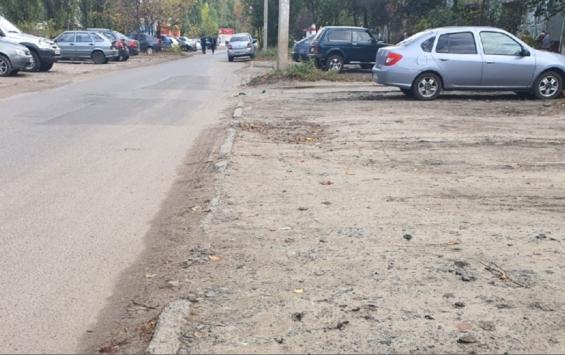 В Курске автомобилистов штрафуют за неправильную парковку