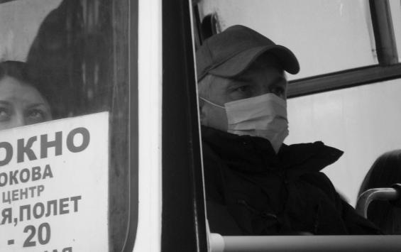 В Курской области продлили ковидные ограничения