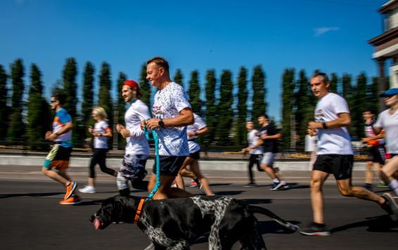Тысячи курян приняли участие в забеге