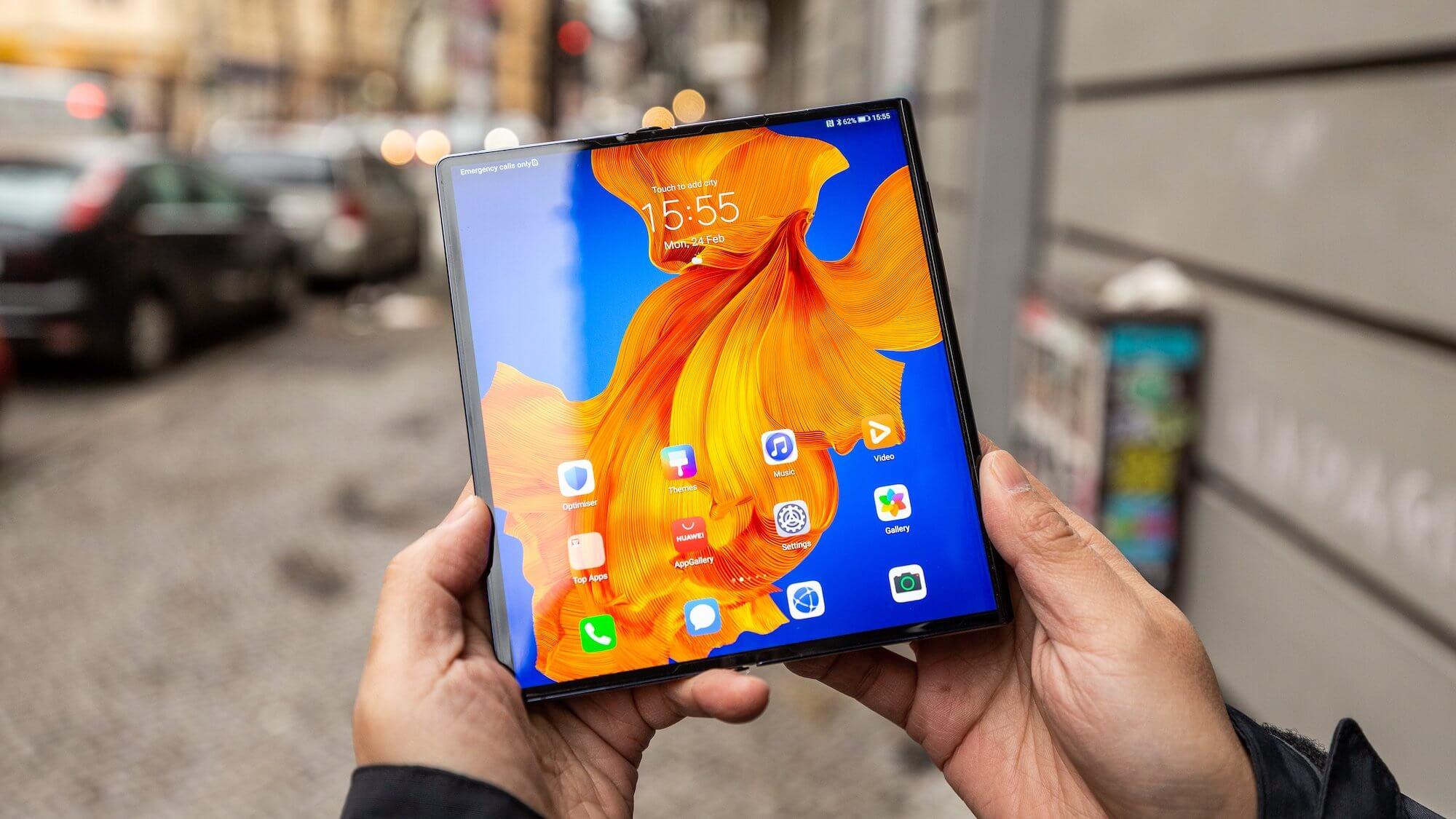 Huawei Mate Xs за месяц принёс Huawei убыток в $70 млн