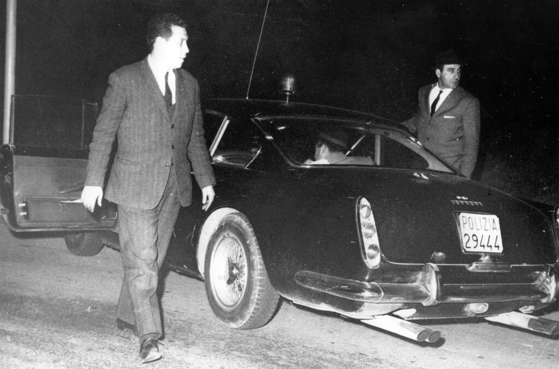 Уникальный полицейский Ferrari выставили на продажу