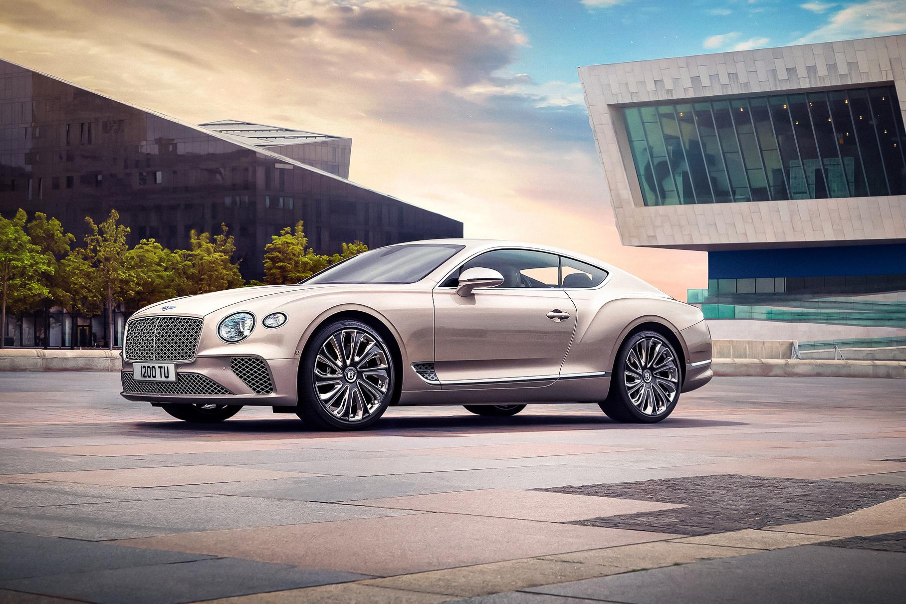 Bentley показала роскошный Continental GT от ателье Mulliner
