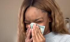 15-летняя актриса высморкалась в 100-долларовую купюру, чтобы утереть нос хейтерам