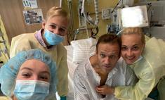 «Привет, это Навальный»: похудевший оппозиционер вышел на связь из больничной палаты
