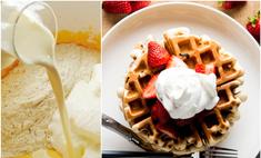 Рецепт для романтического завтрака: готовим венские вафли с клубникой и сливками
