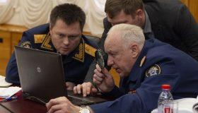 Бастрыкину мешают читать Навального: СКР отменил заказ на мониторинг