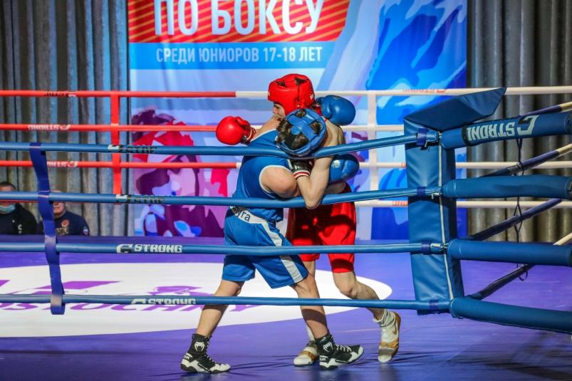 При поддержке АО 'Восточный Порт' в Находке стартовало Первенство ДФО по боксу