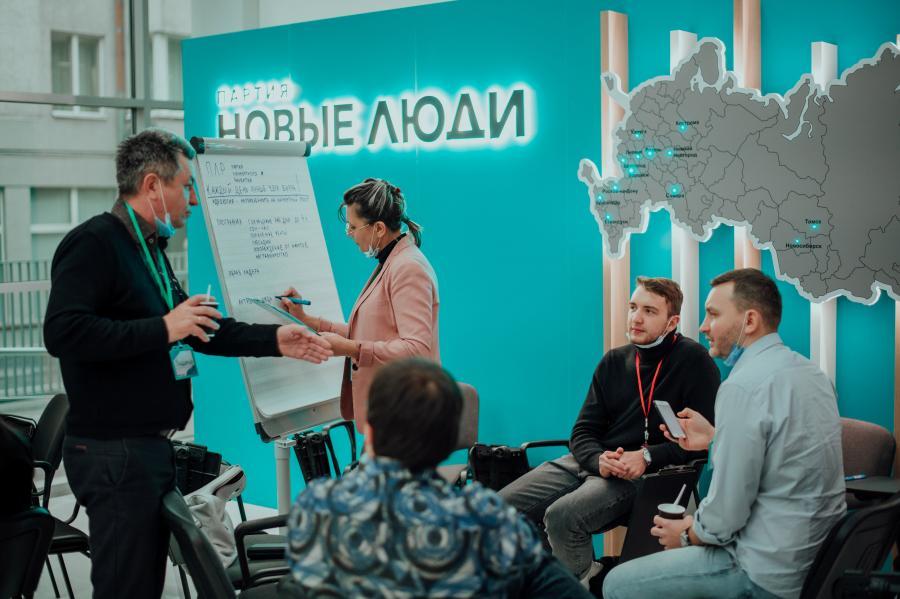 «Новые люди» предложили устроить шведский стол в школьных столовых Приморского края