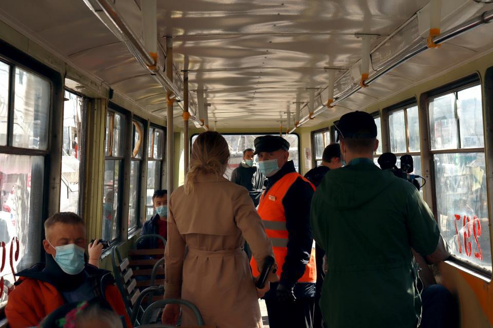 «На совести граждан»: масочный рейд прошел в районе Луговой
