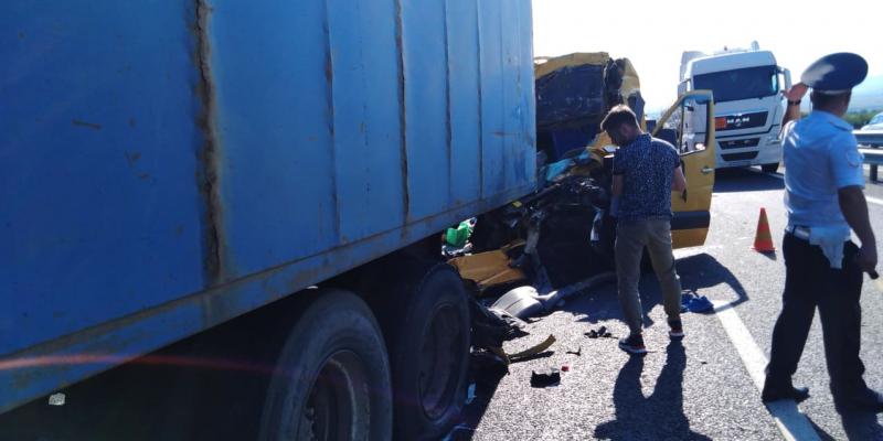 СК задержал организатора маршрута после смертельного ДТП в Крыму