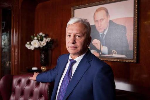 «Из 1 млрд - 60% шефу (Чемезову С.В), 40% я директорам даю, на местах решать»