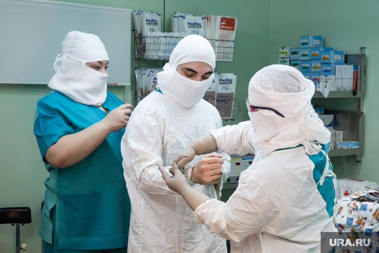 Челябинского хирурга уволили во время пандемии. Причина — жалобы на лишние операции