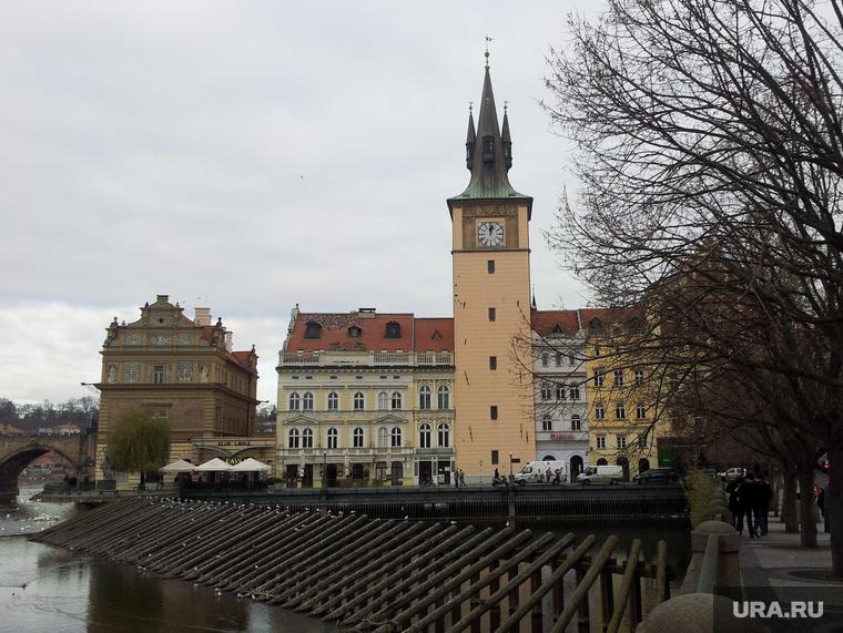 МИД: Россия готова выкупить снесенный в Праге памятник Коневу