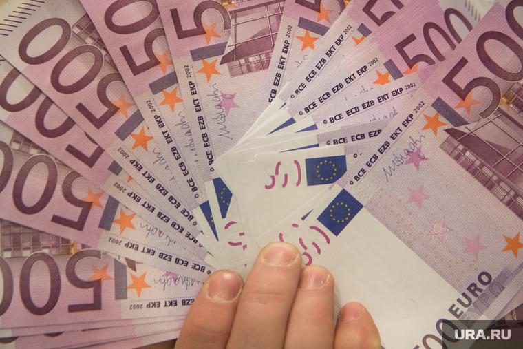 Курс евро перевалил за 88 рублей