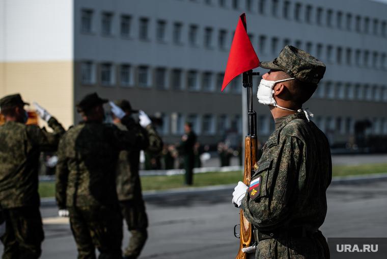 Определена судьба солдата, напавшего на машину ФСО на параде