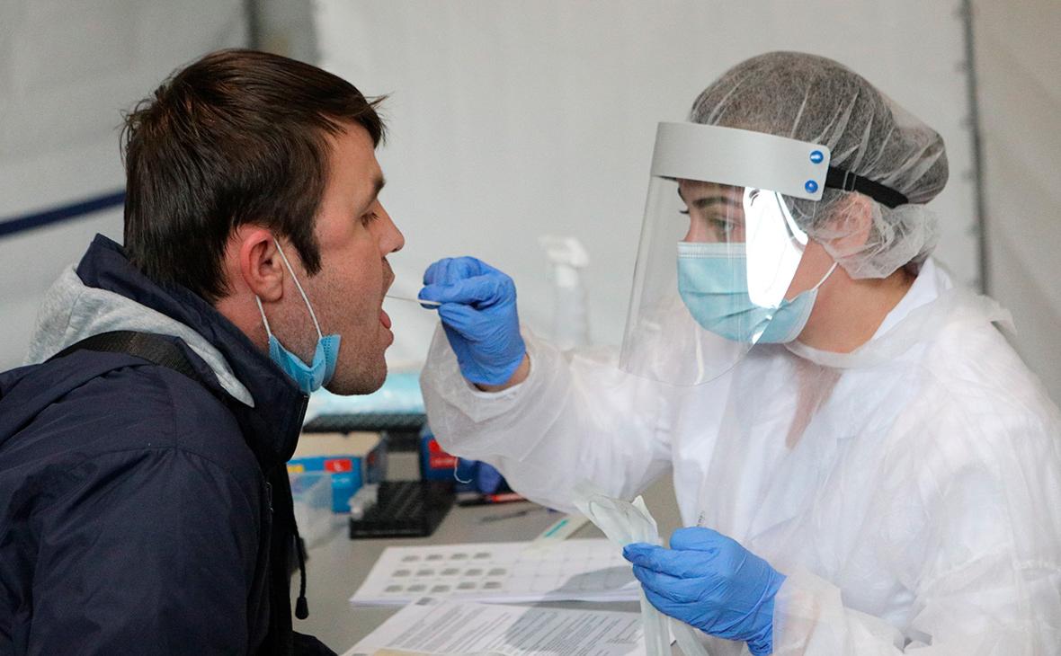 В Роспотребнадзоре назвали число проведенных за пандемию тестов на COVID