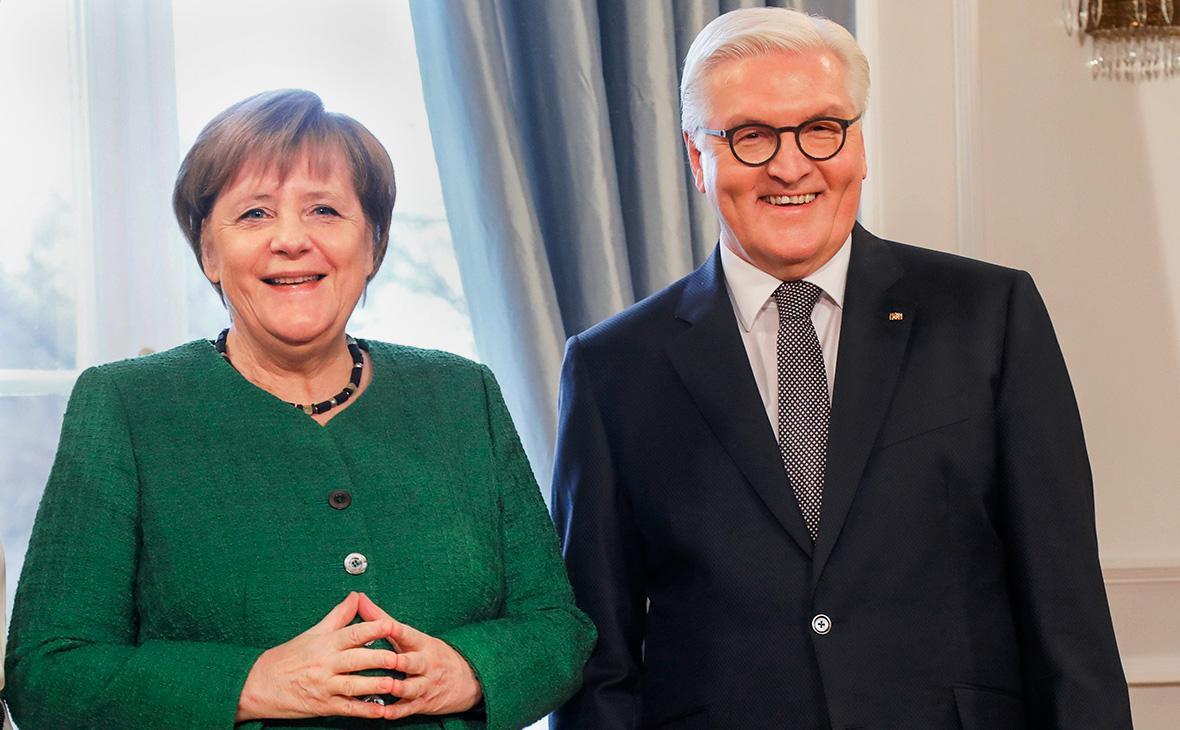 Путин поздравил Меркель и Штайнмайера с Днем германского единства
